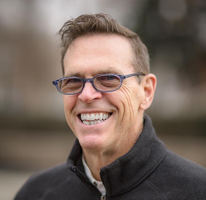 Eric Jewett Headshot