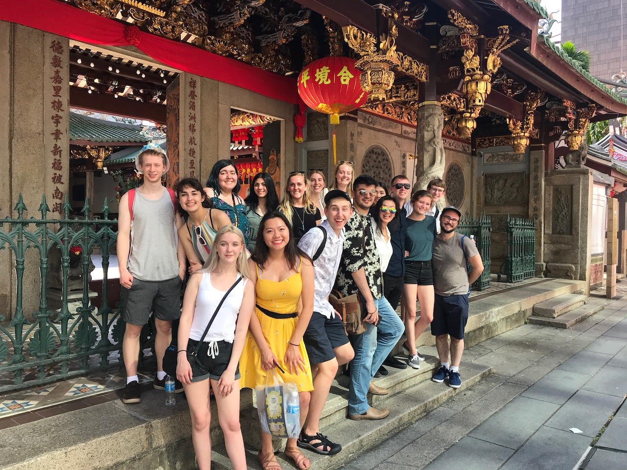 singapore student abroad students at Thian Hock Keng Temple